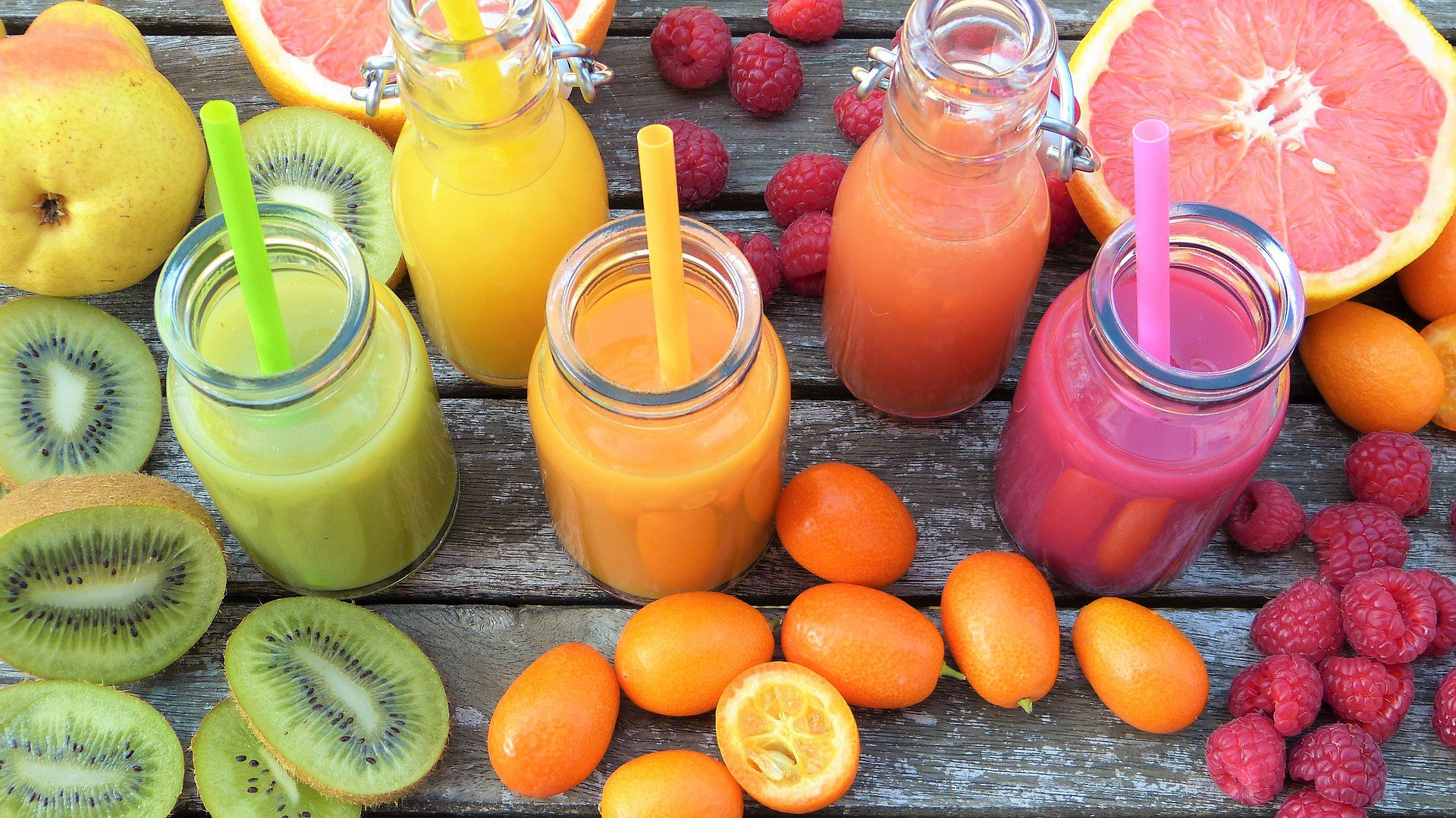 smoothies-2253423_1920.jpg
